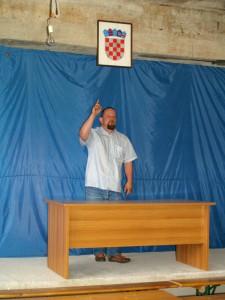 Glasujte za nas... (Hruševec Kupljenski, svibanj 2007.)